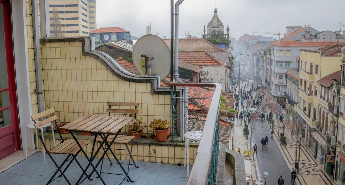 Travel & Live Porto Hostel
